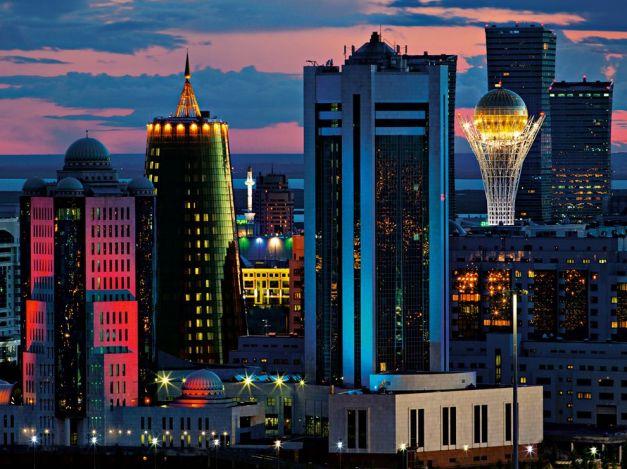 astana-skyline-ludwig_60066_990x742
