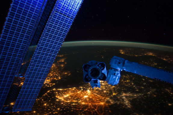 space-station-night-panorama-europe